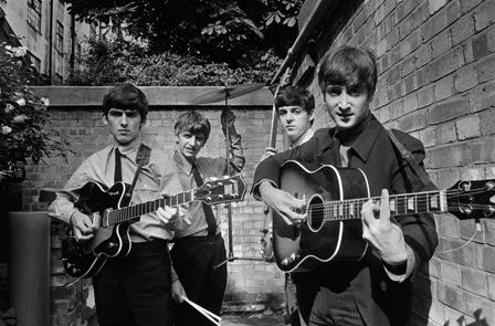 Exhibe Getty fotografías de los Beatles en el Movieum, Londres