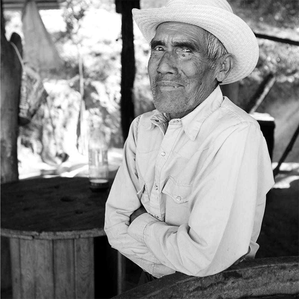 MUESTRA FOTOGRAFICA DE SPIKE MAFFORD EN OAXACA
