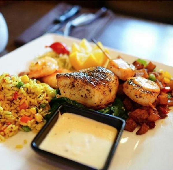 Disfruta la escena gastronómica como local en Houston