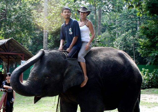 Claudia explora Malasia