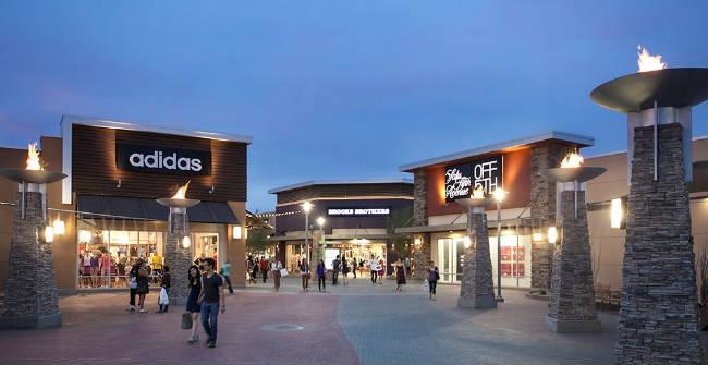 Centro Phoenix Premium Outlets