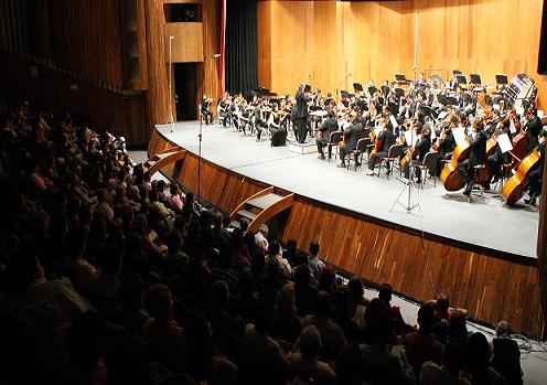 Queen Sinfónico y Coral en al Auditorio